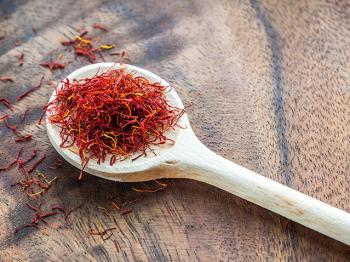 Saffron: beauty and expensive tastes